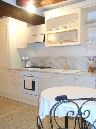 Ca' della Corte: kitchen
