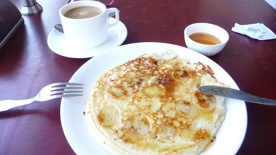 Fort Muziris : Banana Pancake wirh honey, delicious!