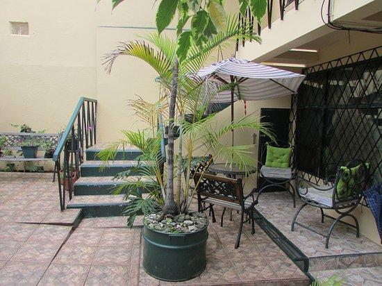 Hotel Casa Leon: Entrada