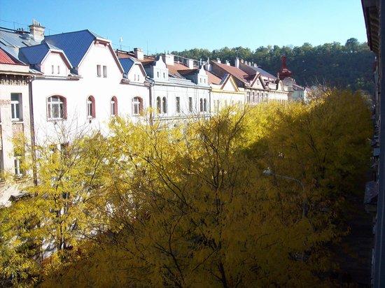 Ausblick aus dem zimmer zur seitenstrasse for Hotel galerie royale prague tripadvisor