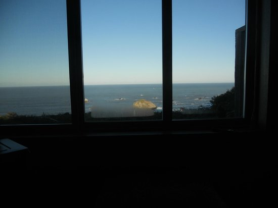 Turtle Rocks Inn: View from room.