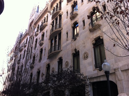 Hotel Casa Fuster: facade