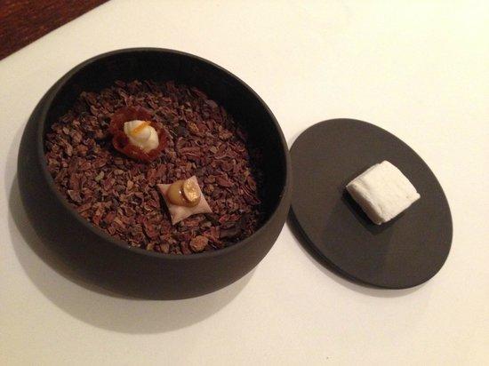 Alexandre : prima piccola pasticceria dalla cucina