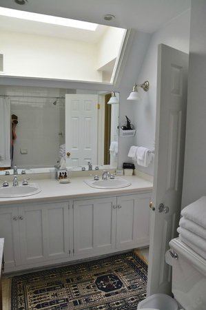 216 Bed and Breakfast : Bath