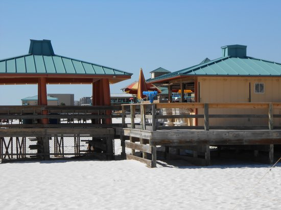 Ramada Plaza Fort Walton Beach Resort/Destin: Beach bar