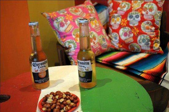 Che Taco Bar y Antojitos Mexicanos: Tragos y buen ambiente!