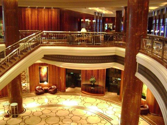 Grand Hyatt Melbourne Foyer : Hotel foyer picture of park hyatt melbourne