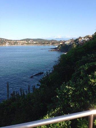 Cliffside Luxury Inn: view towards town