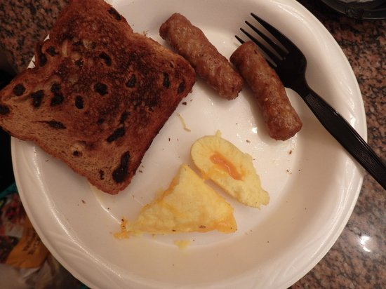 La Fuente Inn & Suites : breakfast