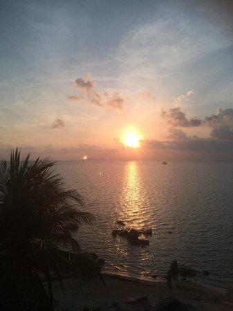 Bintan Agro Beach Resort : Beautiful sunset