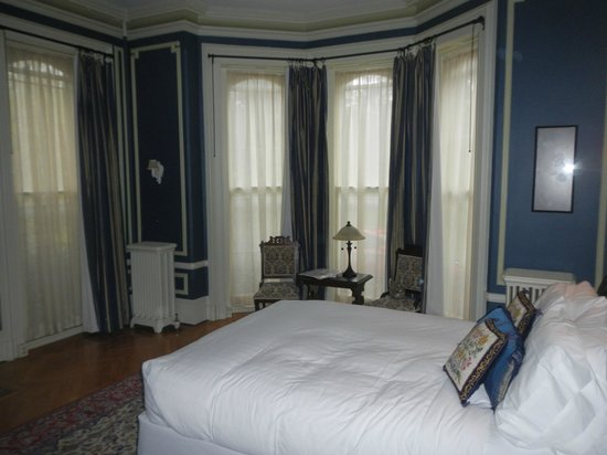 The William Smith Inn: The Sturtevant Room