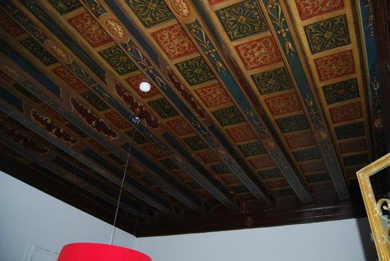 Corte Di Gabriela: Ceiling in Suite