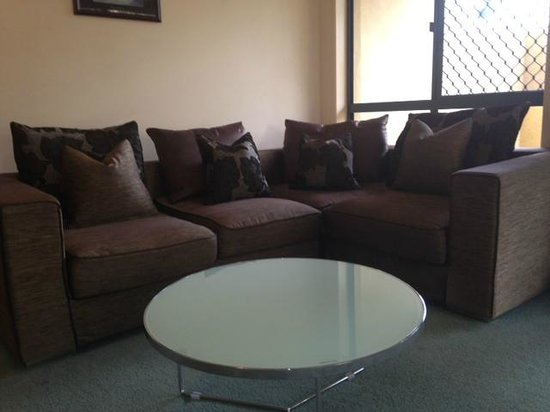 Grange Resort Hervey Bay: Spacious Lounge