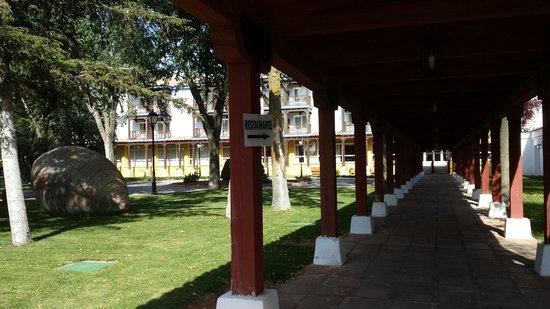 Parador de Manzanares: Pasillo entrada