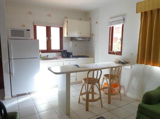 Pauline's Apartments Aruba: cozinha