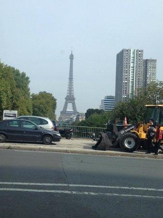 Eiffel Saint Charles: Eifffel Tower