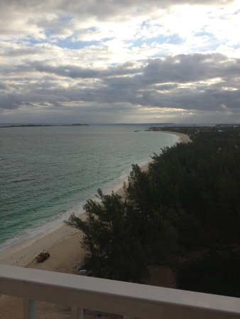 Hotel Riu Palace Paradise Island : From our room