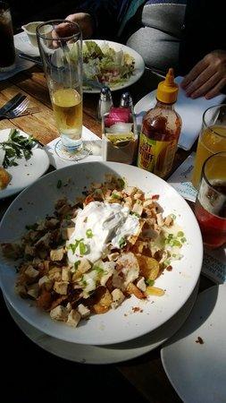 Brigantine Seafood Restaurant: Napa Valley Nachos.... get 'cha some!