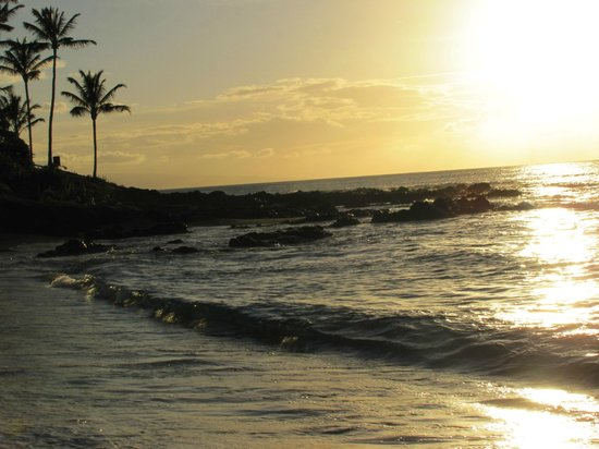Napili Kai Beach Resort: Sunset on the beach