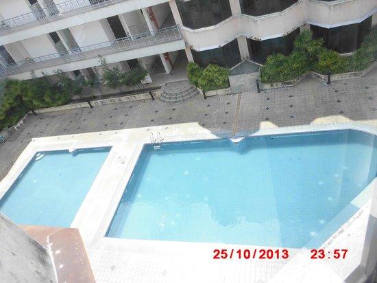Blue Bay Resort: pool