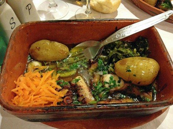 Ora Viva Restaurante: Baked octopus