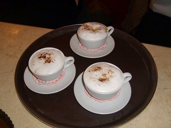 Oasis Palace: Delicious cappuccino