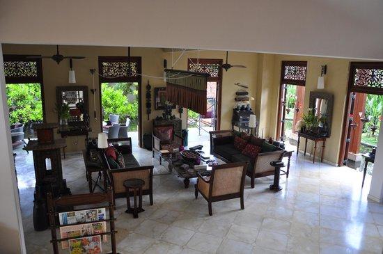 Reef Villa & Spa: Reef Villas Lobby Area