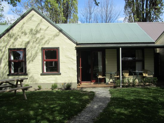 Shades of Arrowtown: Self-contained unit-great!