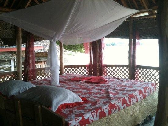 Satuiatua Beach Resort : Fale