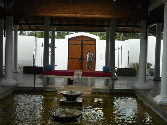 Mosvold Villa: Entrance Foyer
