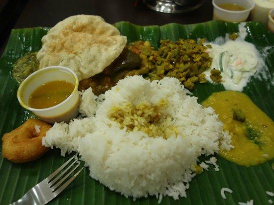 Komala Villas Restaurant: こんな食事です。