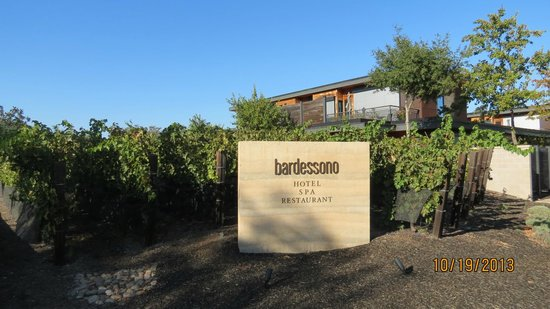 Bardessono: Hotel and Grounds
