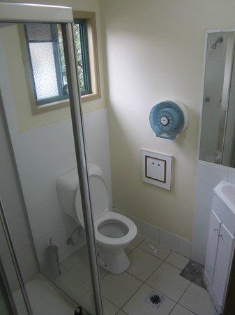Sleeping Inn Backpackers : Bathroom