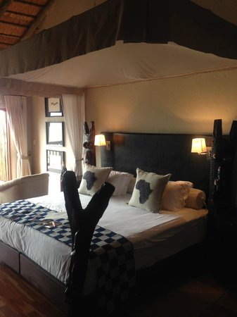 Ulusaba Rock Lodge: the room