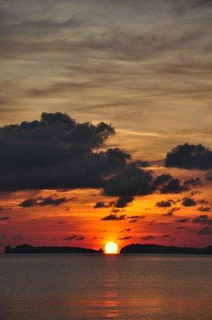 The Hammock Samui Beach Resort: sunrise