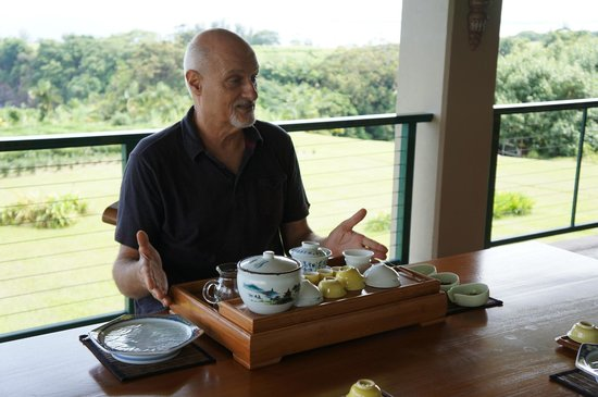 Onomea Tea Company: Mike serving tea Chinese style
