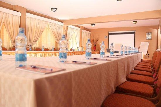 Olive Gardens Hotel: Conference