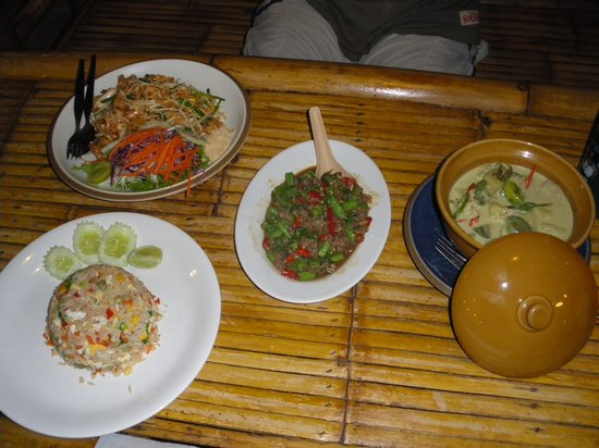 Luck Yim: Absolutely EVERYTHING a Thai dining experience should be.