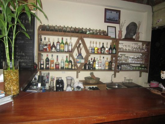 Kimly Lodge : Well Stocked Bar