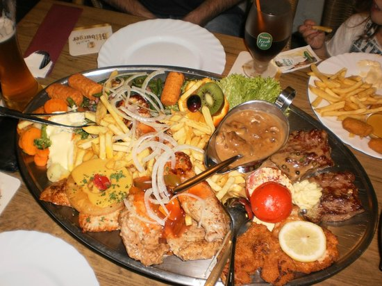 Zum Dorfkrug: A feast for the eyes and the stomach, at only €32 for the whole plater!!!