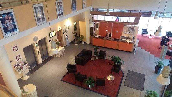 Arcadia Hotel Bielefeld: Reception area