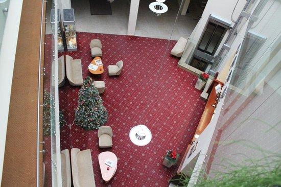 Amberton Hotel: холл отеля