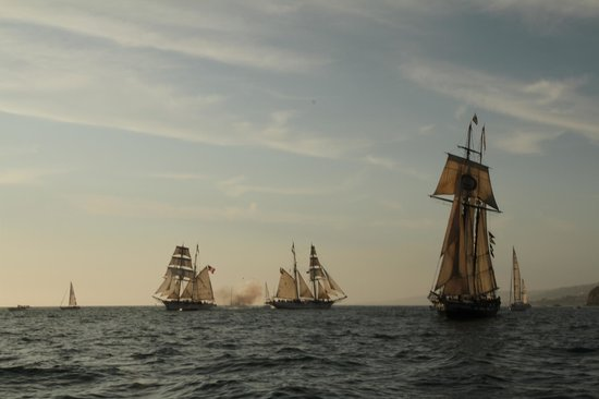 Dana Point, CA: Tall Ships Cannon Battle