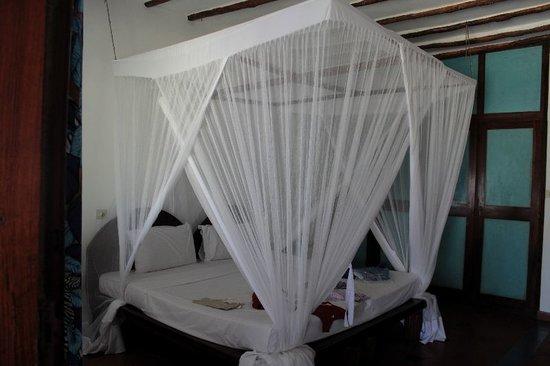 Letto con la zanzariera sapore d 39 africa foto di hotel - Zanzariera da letto ...