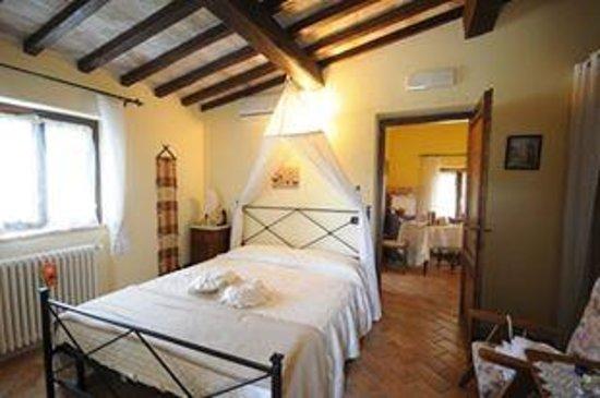 Agriturismo La Contea by Bice : Camere