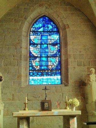 Eglise Saint Valery: Vitrail de Braque