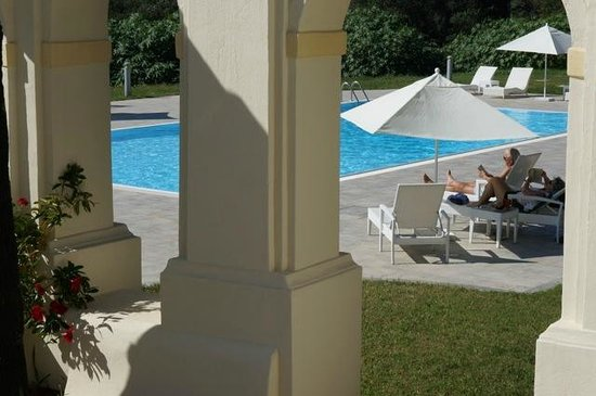 Hotel Villa Calandrino: Pool area