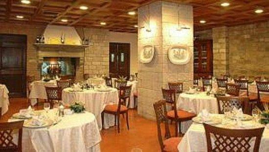 Hotel Dei Consoli : pasta fatta a mano e carni dell'azienda agraria.........