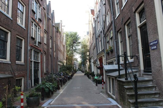 Context Amsterdam Tours: Amsterdam ambiance and architecture