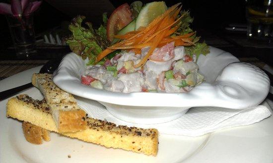Kikau Hut Restaurant: Ika mata entree